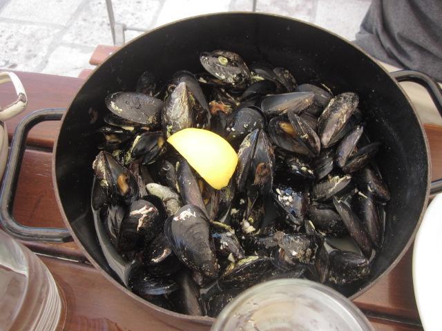 Crock of mussels @ Lokanda Peskarija