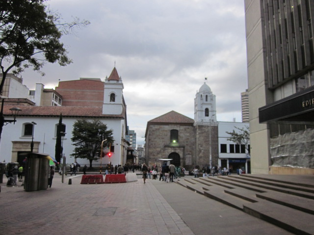 The square outside of the Museo de Oro in the Candelaria district