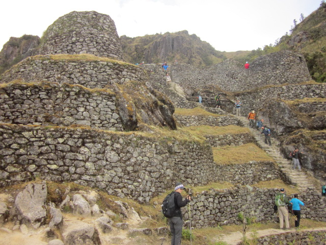 "Phuyupatamarca, the site ""amongst the clouds"""