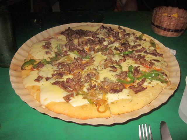 Pizza with beef, onions, and peppers from Giga Byte.  Not what I expected as first meal in Brazil but pretty good!