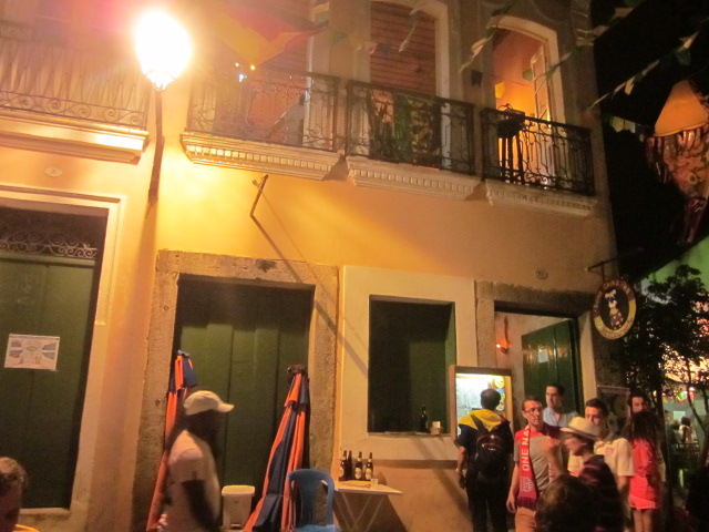 Outside the restaurant Dona Chika Ka where we ate, you'll see a window on the 2nd floor with a basket that was used to deliver our food outside