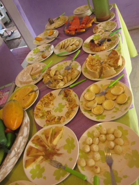 """These breakfast spreads redefined the meaning of """"all you can eat!"""""""